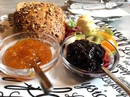Lecker frühstücken in der Chocolaterie Leysieffer in Osnabrück
