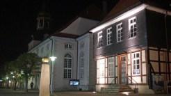 Der Lange Jammer und die St. Nicolai-Kirche.