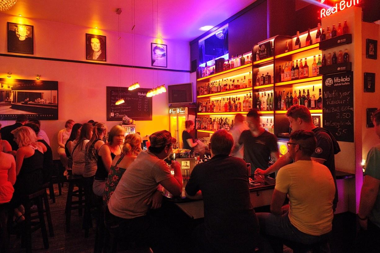 Partygänger im Friedrich-Wilhelm-Viertel in Braunschweig