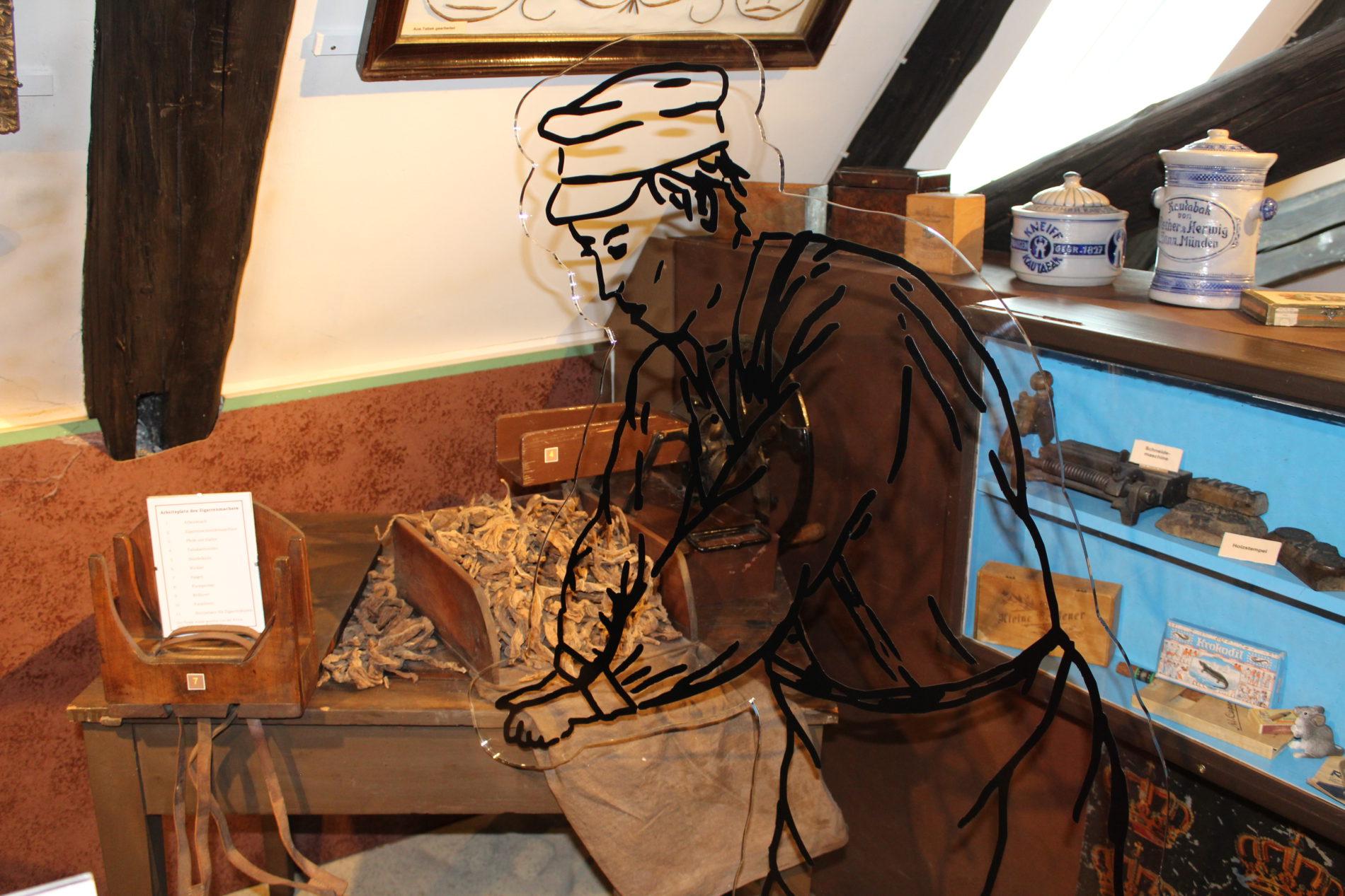 Das frühere Zigarrenmacher-Handwerk wird neben vielen anderen Zünften im Domherrenhaus Verden dargestellt