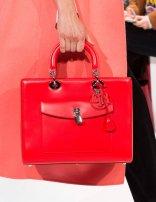dior-red-leather-lock-bag-pfw-aw-2014_GA