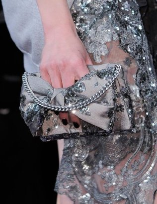 mabille-grey-pink-sequined-clutch-pfw-aw-2014_GA