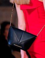 mouret-black-shoulder-bag-pfw-aw-2014_GA