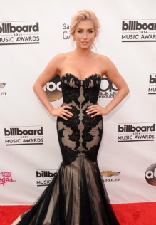 2014 Billboard Music Awards - Red Carpet