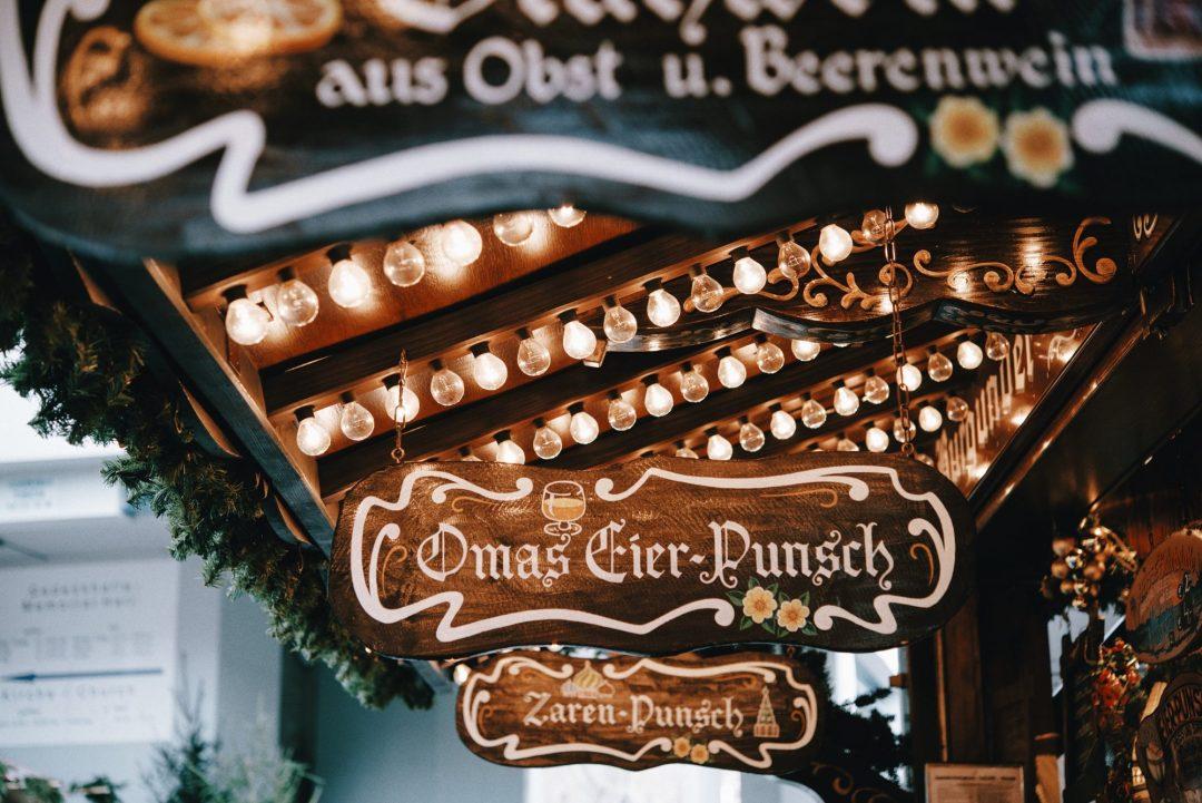 Weihnachtsmarkt Am Goetheturm.To Dos Für Die Weihnachtsmarktzeit About Frankfurt