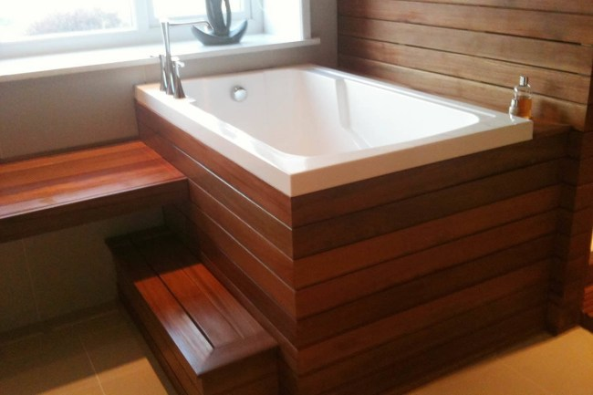 Deep Soaking Tub