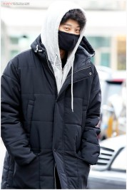 jung joon young on the way to KBS for recording yoo hee yeols sketchbook 20170207