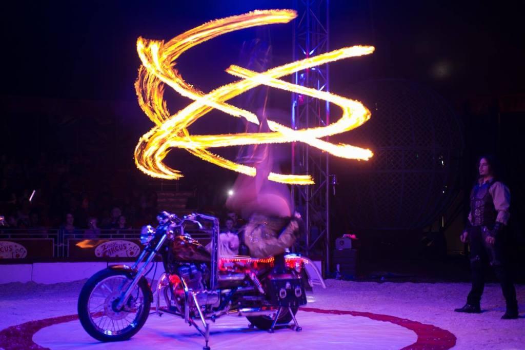 Germaine Delbosq - Zippos Circus