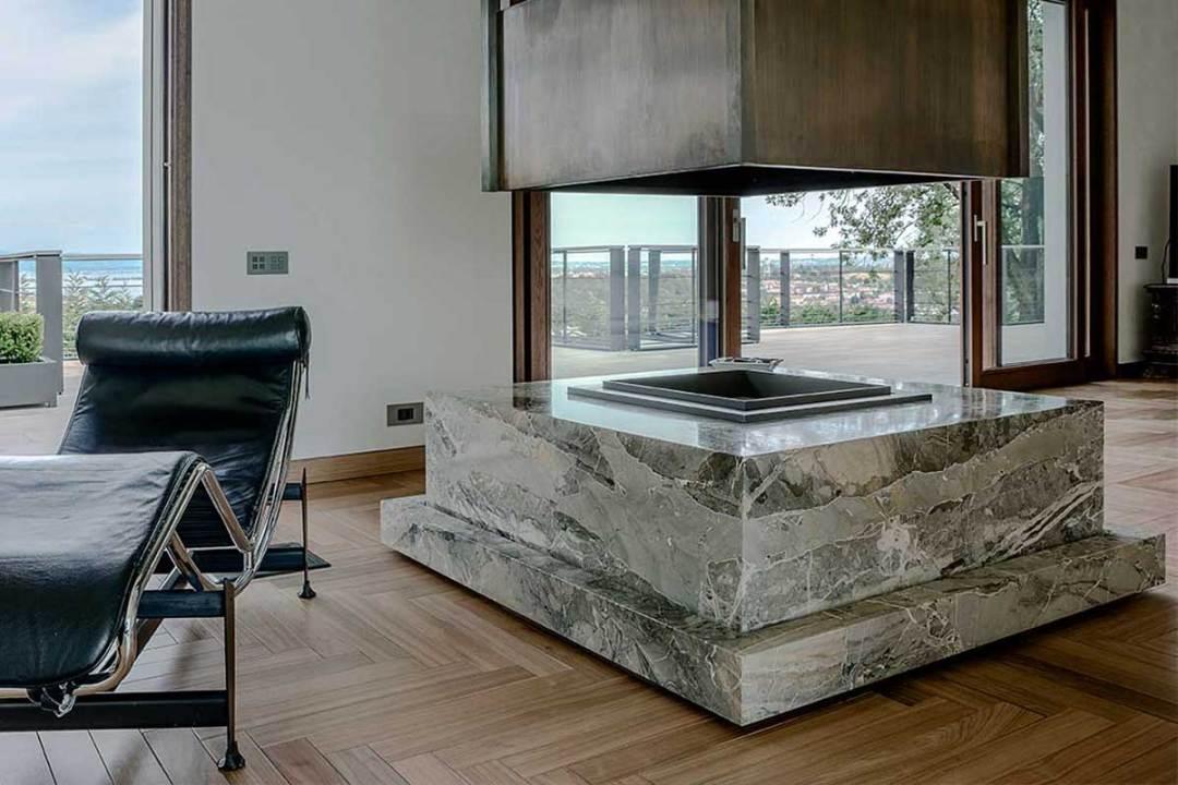 Breccia Marina Blue - villa privata