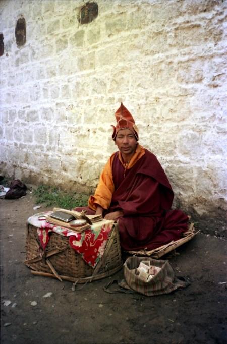 Buddhist mendicant