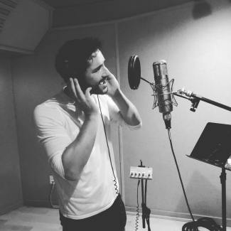Tom Ellis Singing