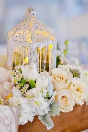 lantern-wedding-centerpiece-serena-grace-photo-333x500