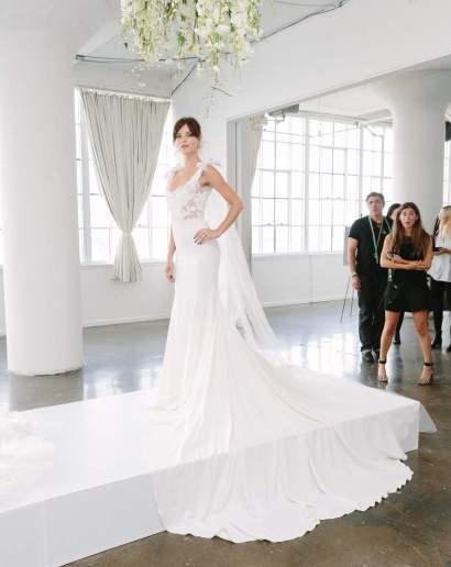 Yvonne Tnt Wedding dress by Marchesa