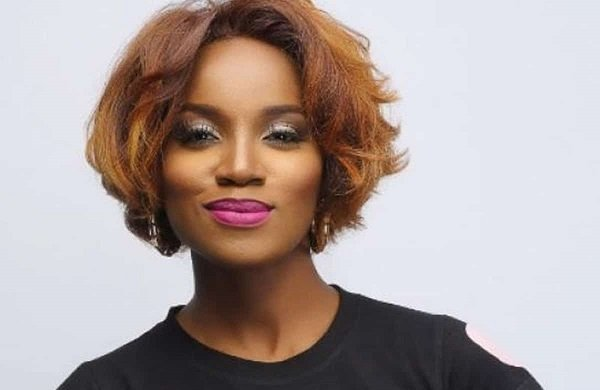 A Big Truck Crushed My New Range Rover – Seyi Shay Reveals How She Escaped Death In Lagos