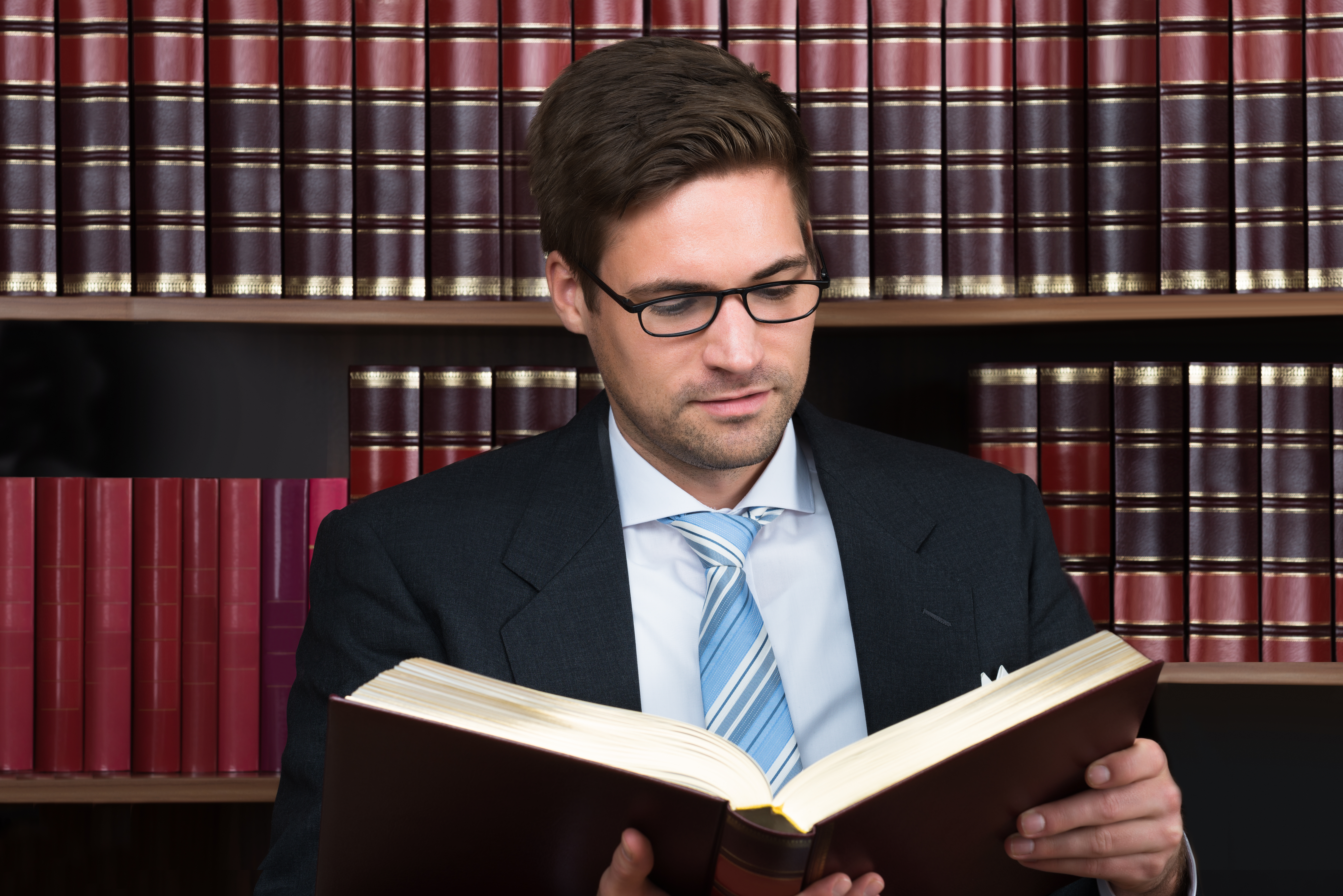 10 Things Law Students Do Wrong When Reading Cases For Class Above The Law