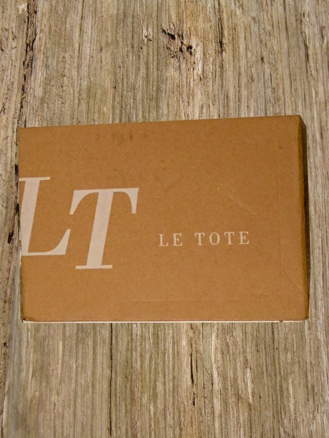 LeTote box
