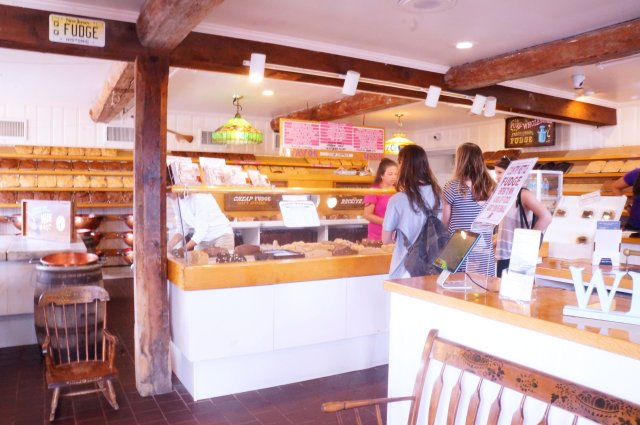 Inside-Fudge-Shop
