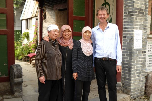 Michael Wood outside the Wangjia Alley mosque in Kaifeng