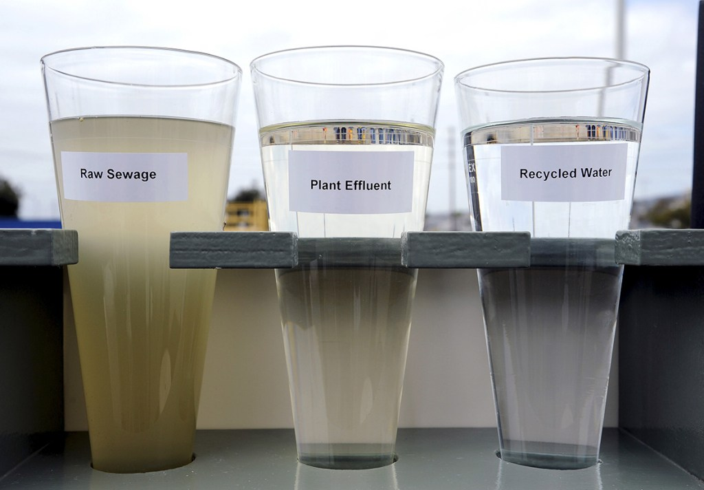 22 April 2015: Glasses depicting raw sewage, plant effluent filtered and recycled water are displayed during a ceremony to break ground on the Terminal Island's Advanced Water Purification Facility in the San Pedro section of Los Angeles, CaliforniaBob Riha Jr/ Reuters