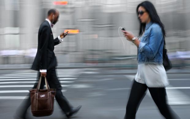mobile phone lead