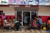 Conakry Hairdressers Dispense Cut-And-Dried Contraceptive Advice To Women