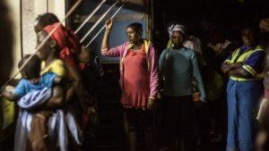 zimbabwe women smuggled