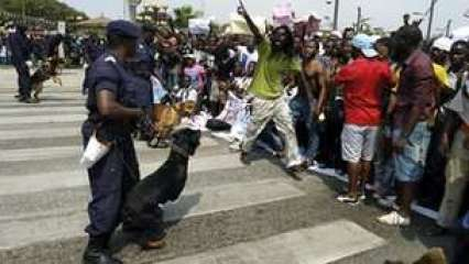 polic-angola