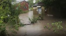 Zimbabwe Floods Leave Villagers Stranded