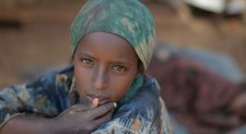 UK Provides Shelter Kits For 140,000 Somalis Displaced By Drought