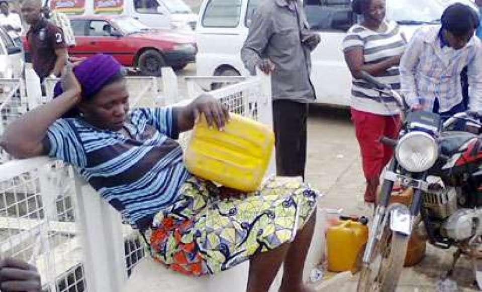 fuel-scarcity 08