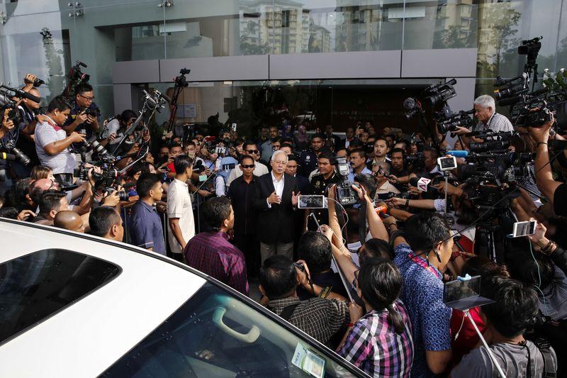 Najib Razak leaves the Malaysian Anti-Corruption Commission on May 24. Photographer: Joshua Paul/Bloomberg