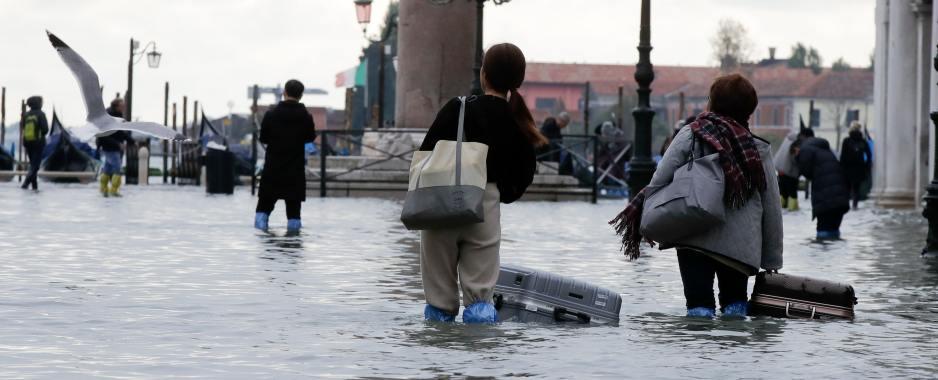 U.S. Overhauls Flood Insurance To Meet Rising Climate Change Risks