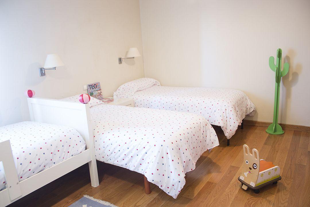 Casa de vacaciones en Playa América - dormitorio infantil después de home staging
