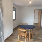 Abracadabra Decor Vigo Home Staging decora para vender o alquilar apartamento en la playa - salón antes