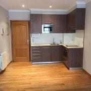 Abracadabra Decor Vigo Home Staging decora para vender o alquilar de estudio a apartamento - cocina antes