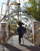 Mysterious voodoo echasses halloween walibi parade dia de los muertos vaudous (24)
