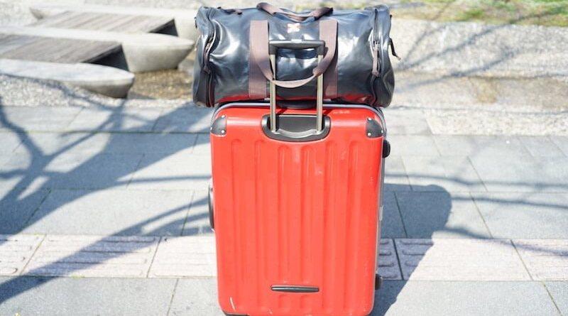 ミニマリストの引越し。まだまだスーツケース1つまで断捨離できていなかった。