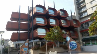 A weird building by the Monoprix (the mega grocery store).