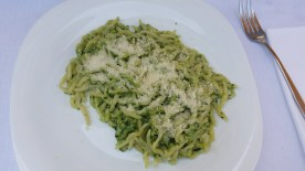 Another ligurian specialty: pesto genovese with trofie pasta.