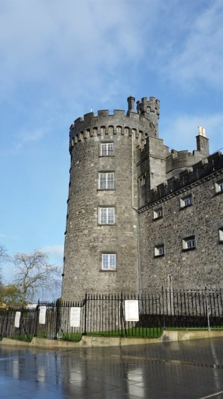 Kilkenny Castly by day.