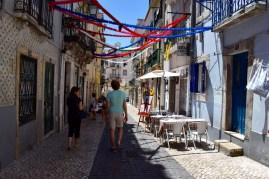 Wandering through Lisbon with Rita.