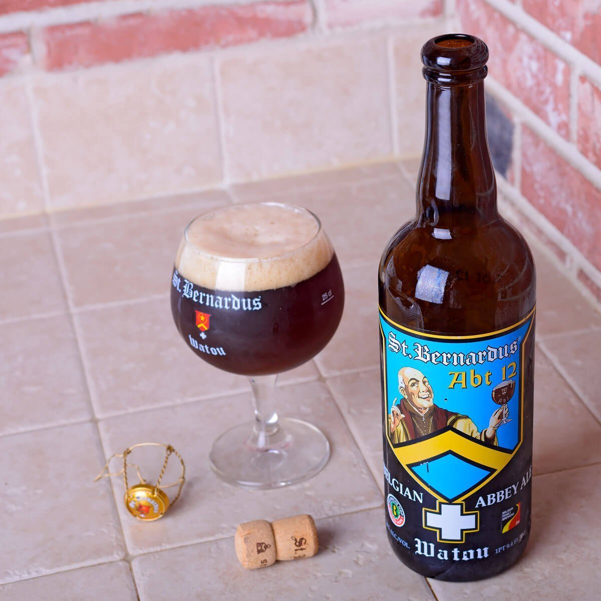 St. Bernardus Abt 12, a Quadrupel by Brouwerij St. Bernardus NV blends dark and tree fruits, various spices with pumpernickel and rye.