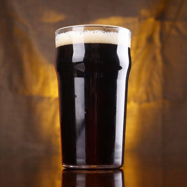 American Porter in a Nonic Pint Glass