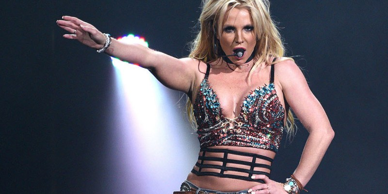 .@britneyspears Is Coming Back Soon!