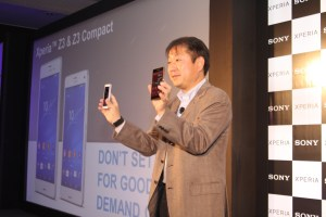 Mr. Kenichiro Hibi- MD Sony India with Sony products