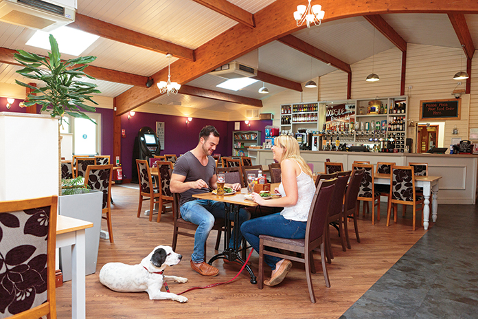 away resorts pet friendly dining