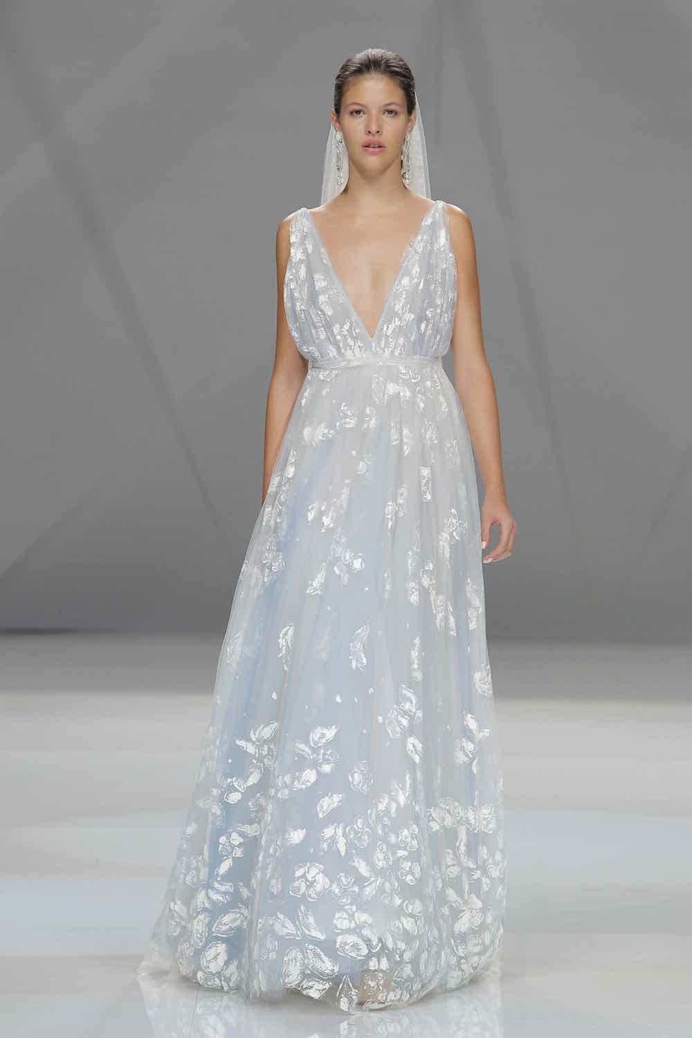 Bridal trend: 15 shades of grey - Absolutely Weddings