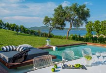 Take me to Avaton – luxe Greek villas for honeymoon bliss
