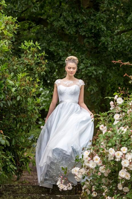 Bridal trend: Divine debutante