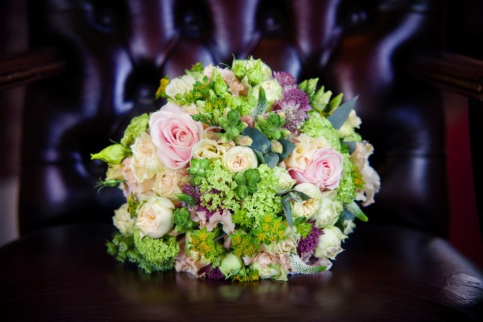 6 glamorous bouquet ideas from Amie Bone